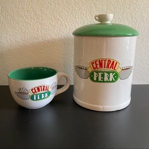 FRIENDS Central Perk Cookie Jar and Mug Set NEW